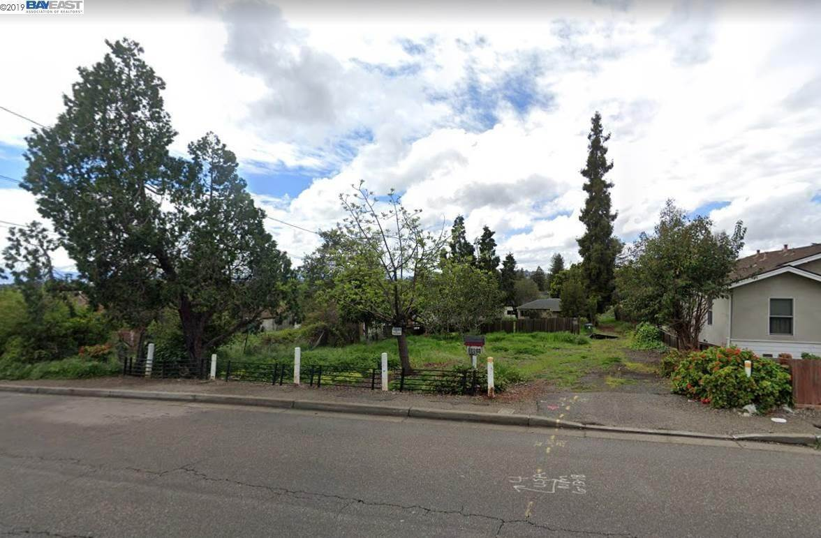 Land / Lots for Sale at 19521 Center Street Castro Valley, California 94546 United States