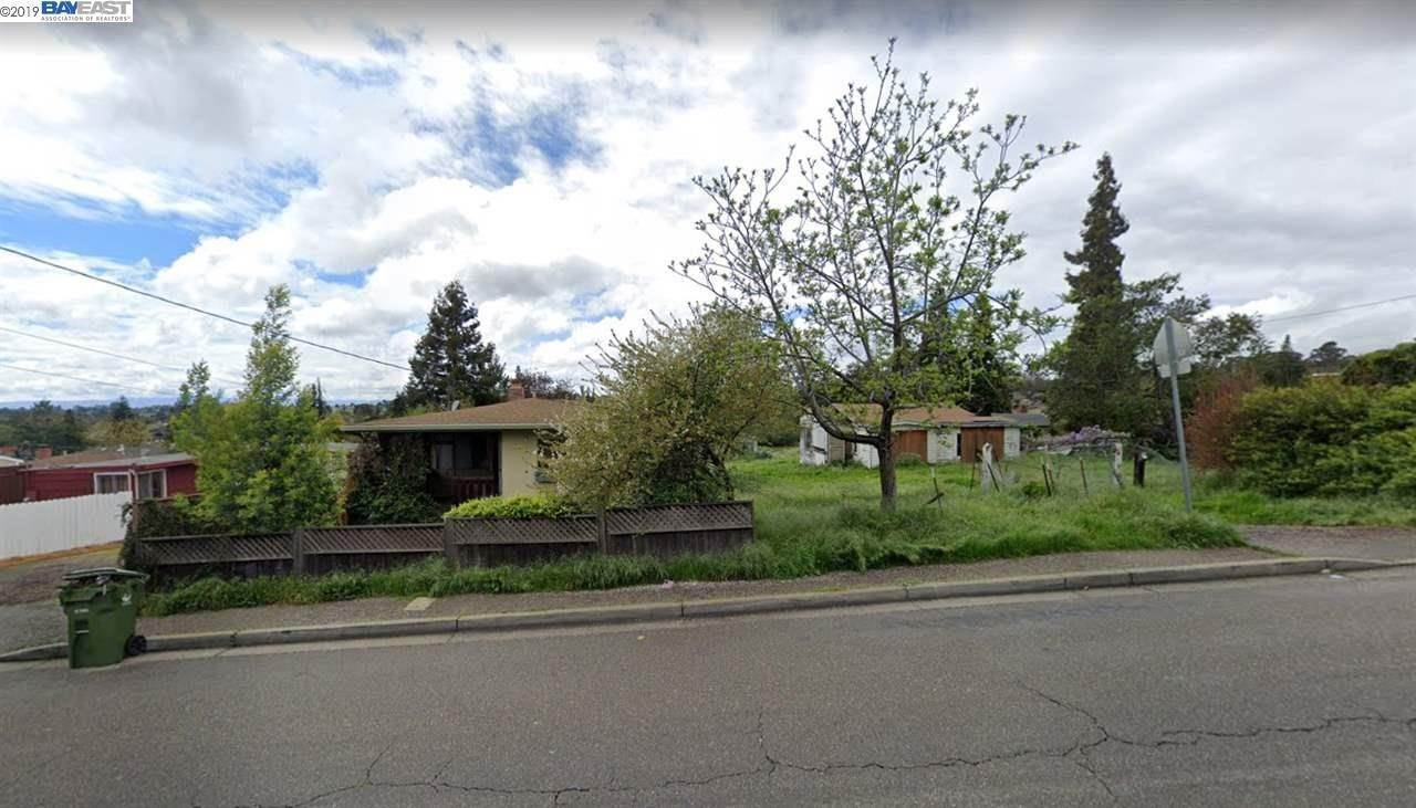 Land / Lots for Sale at 19539 Center Street Castro Valley, California 94546 United States