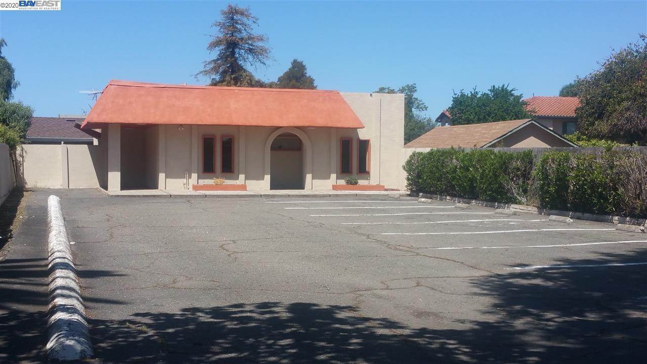 Comm / Ind Lease at 6625 Thornton Avenue Newark, California 94560 United States