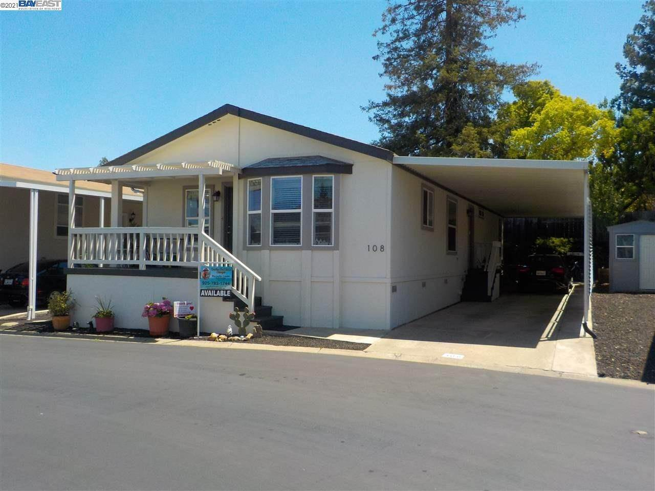 Mobile Homes for Sale at 3263 Vineyard Pleasanton, California 94566 United States