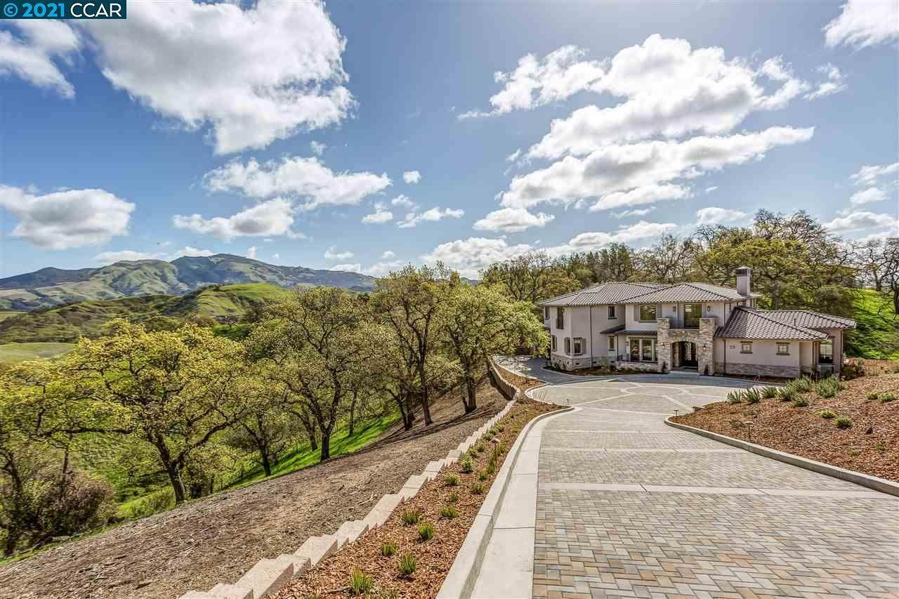 Residential for Sale at 454 Legacy Drive Alamo, California 94507 United States