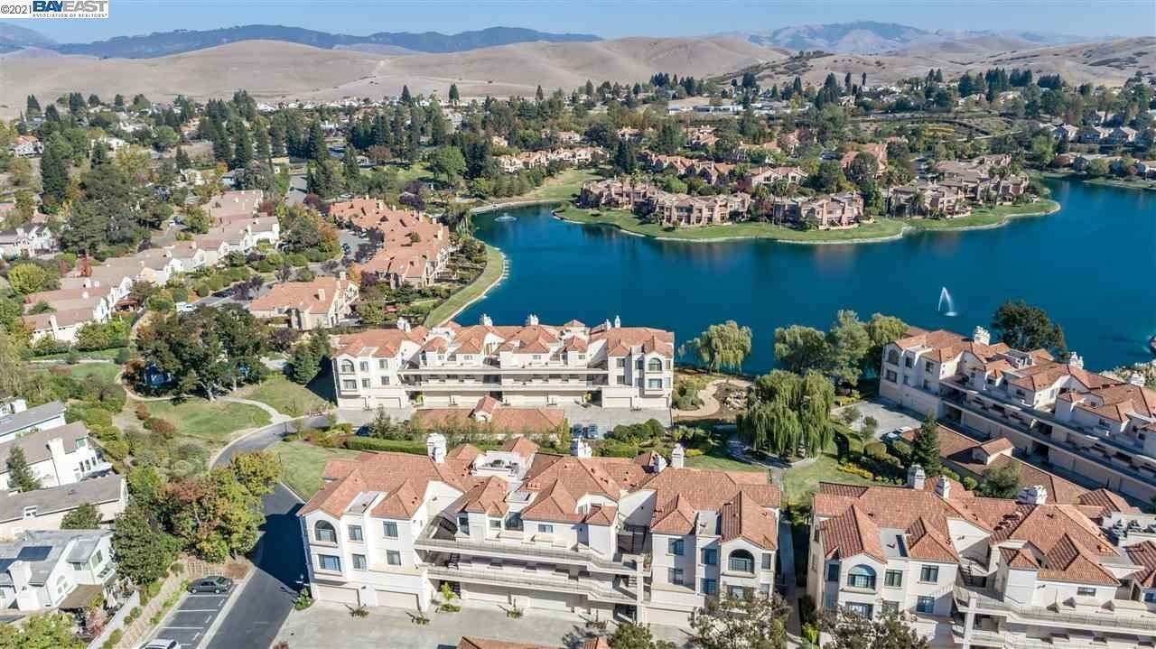 Residential for Sale at 51 Eagle Lake Court San Ramon, California 94582 United States