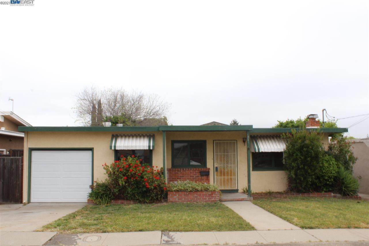 Residential for Sale at 19054 Mayberry Drive Castro Valley, California 94546 United States