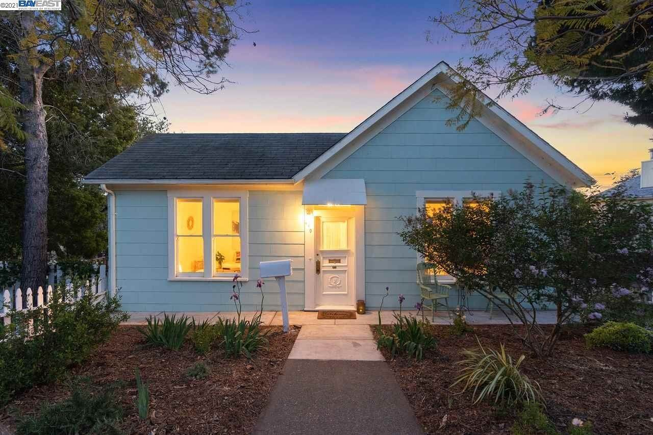 Residential for Sale at 410 W K Street Benicia, California 94510 United States