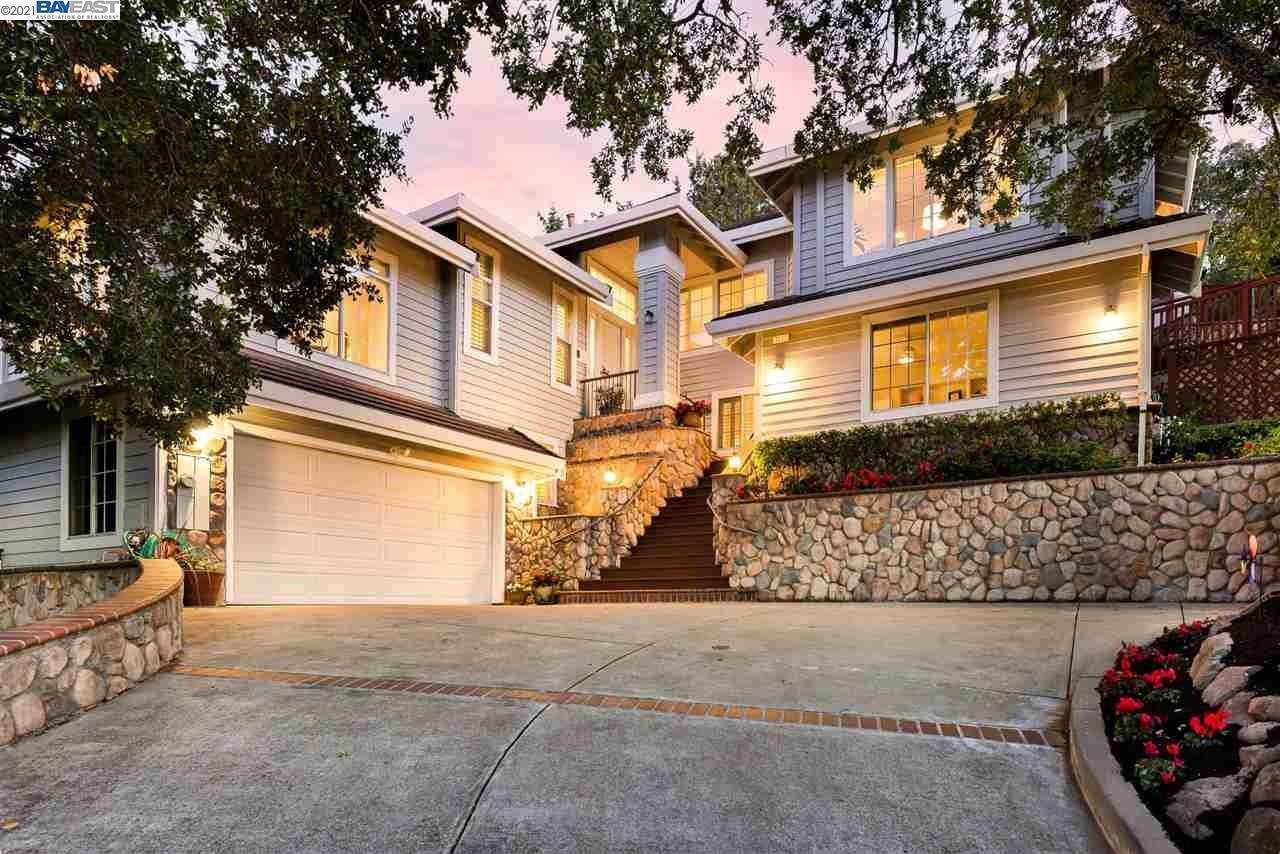 Residential for Sale at 1031 Millbrook Court Walnut Creek, California 94598 United States