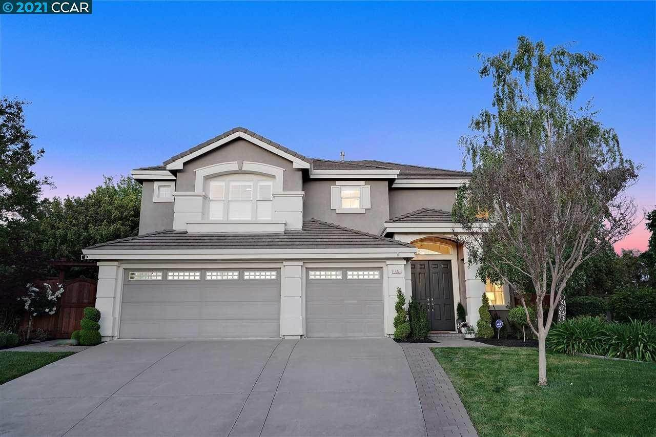 Residential for Sale at 45 Meadow Blossom Court Danville, California 94506 United States