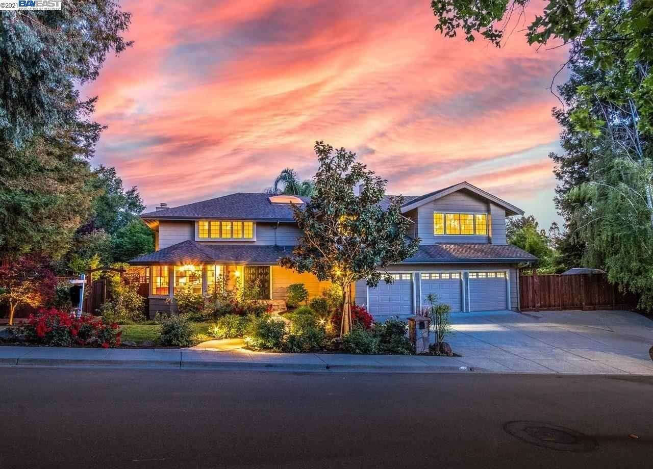 Residential for Sale at 4016 Greenwich Drive San Ramon, California 94582 United States
