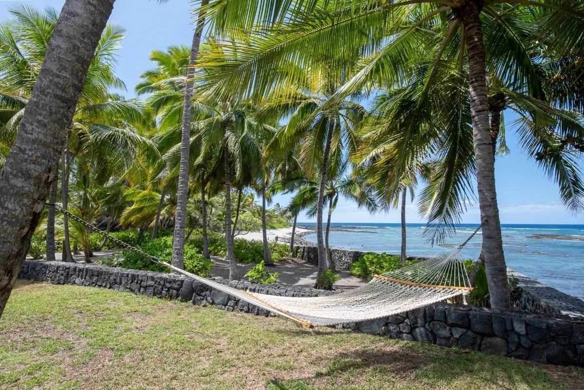 Residential for Sale at 83-677 KEEI BEACH ROAD Captain Cook, Hawaii 96704 United States