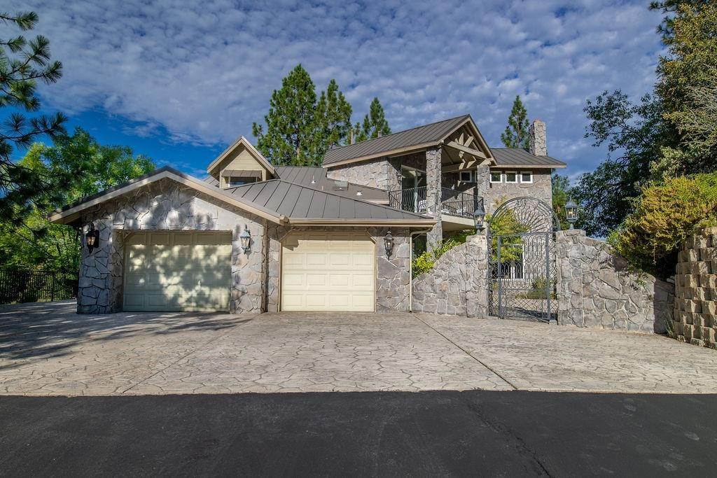 Residential for Sale at 38786 Fawn Point Lane Bass Lake, California 93604 United States