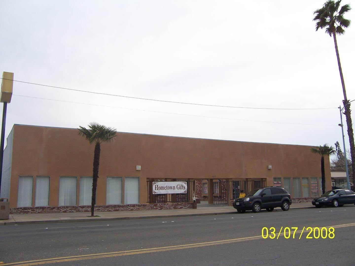 Commercial / Industrial for Sale at 413 Robertson Boulevard Chowchilla, California 93610 United States