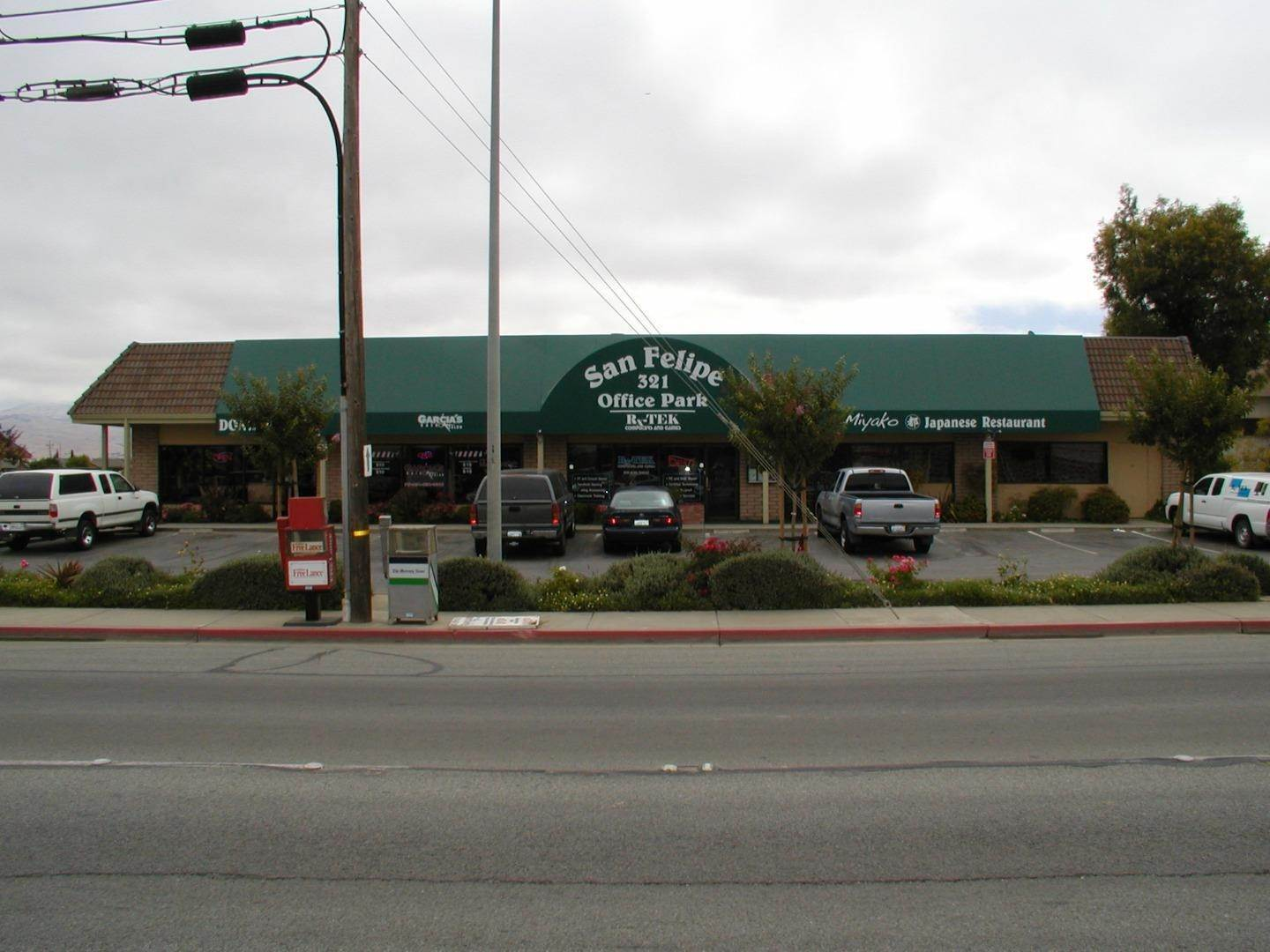 Comm / Ind Lease at 321 San Felipe Road Hollister, California 95023 United States