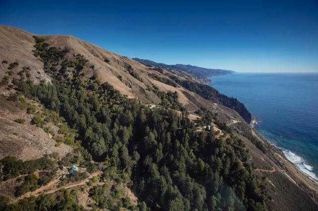 Residencial por un Venta en Highway One Big Sur, California 93920 Estados Unidos