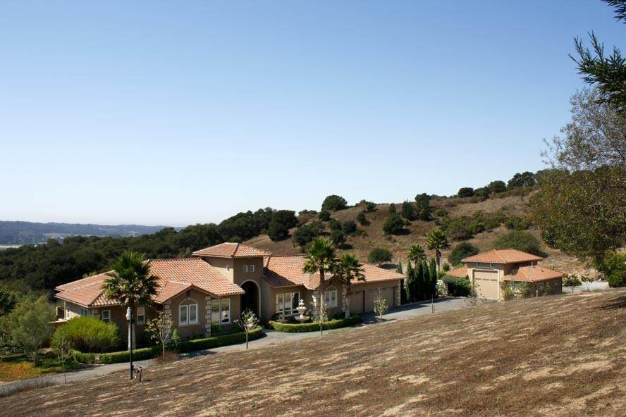 Residential for Sale at 2710 Summerland Road Aromas, California 95004 United States