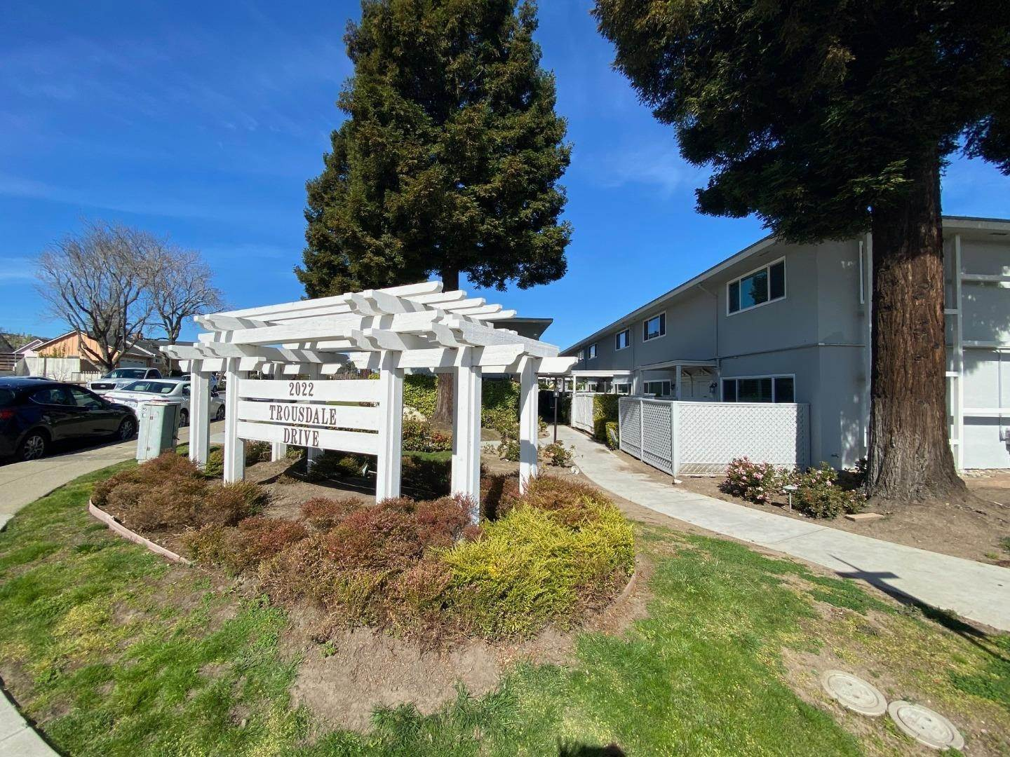 Lease Options at 2022 Trousdale Drive Burlingame, California 94010 United States