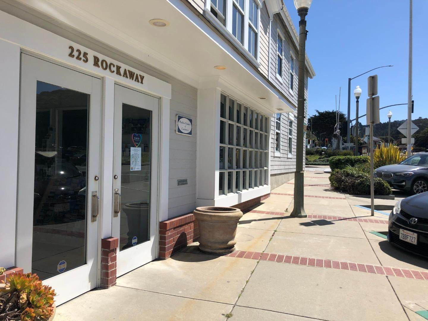 Comm / Ind lease à 255 Rockaway Beach Pacifica, Californie 94044 États-Unis