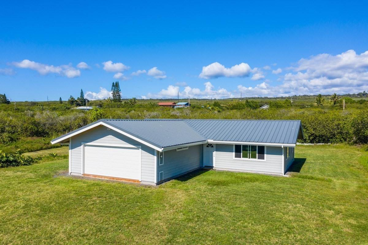 Single Family Homes for Sale at 94-6562 Lewa Lani St, Na'alehu, HI 96772 94-6562 Lewa Lani St Naalehu, Hawaii 96772 United States