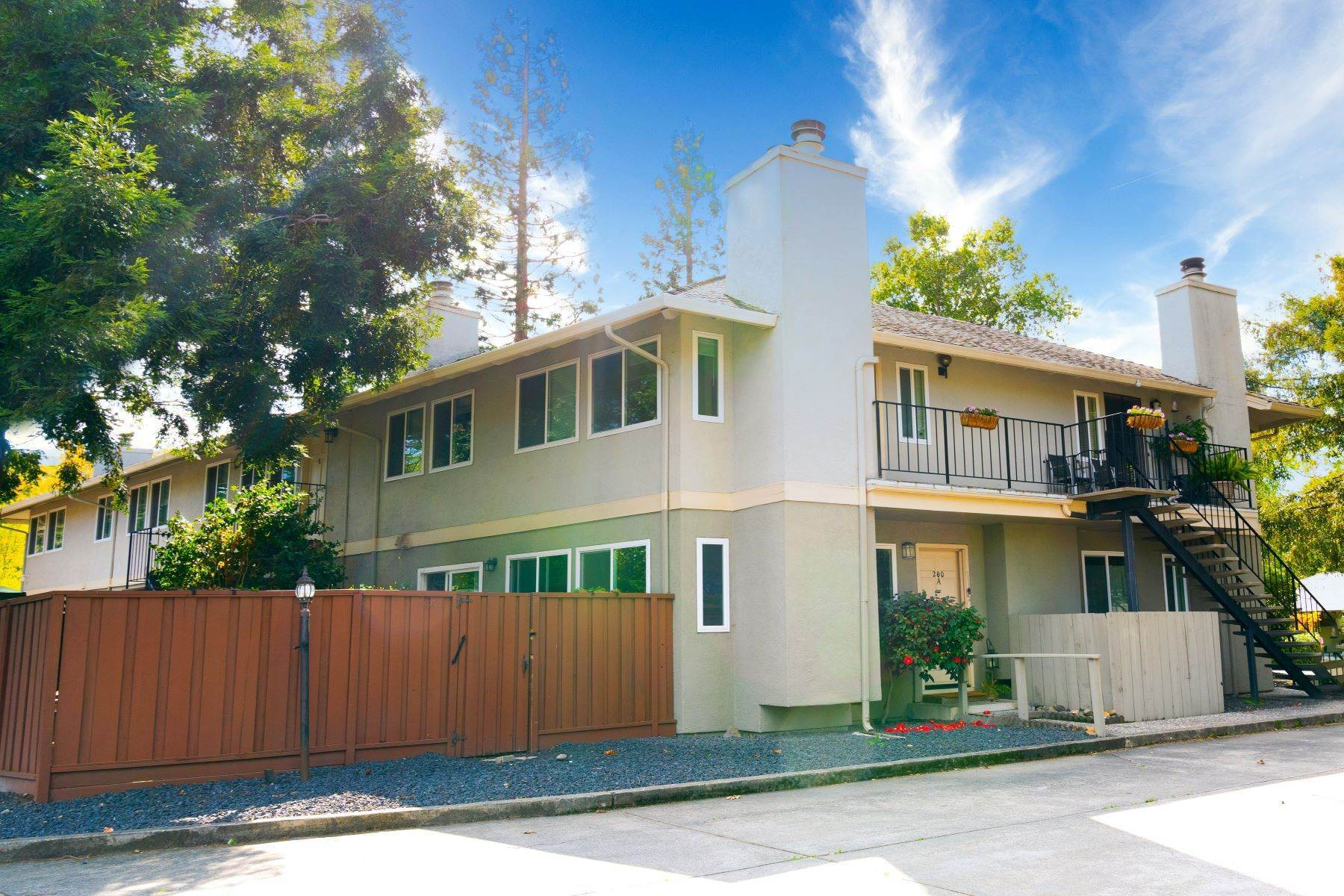 Condominiums for Sale at Charming Sun-Drenched Condominium 206 W Prospect Avenue #B Danville, California 94526 United States