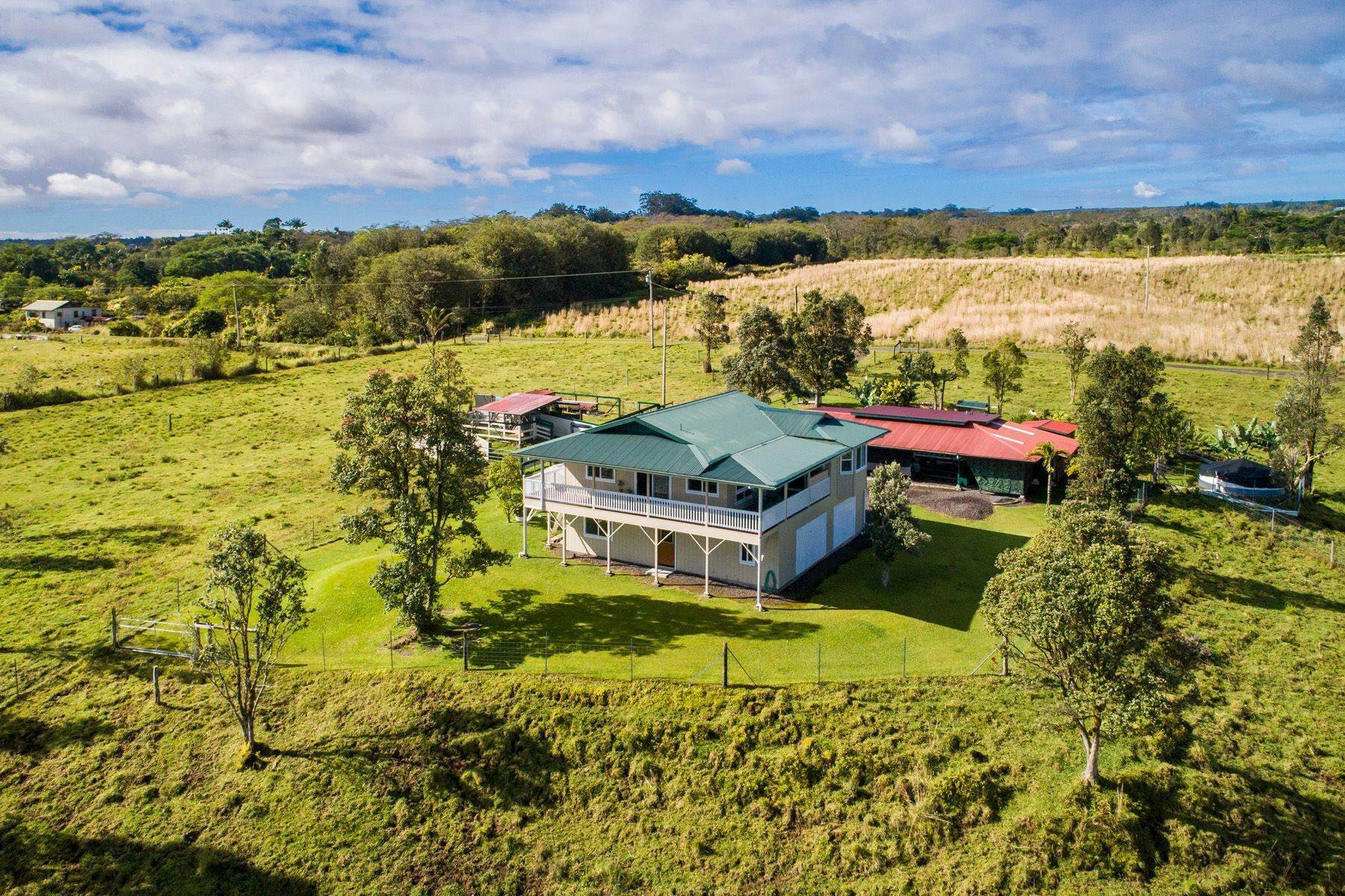 Farm and Ranch Properties por un Venta en 18-4060 Hale Puu Pueo Place, Mountain View, HI 96771 18-4060 Hale Puu Pueo Place Mountain View, Hawaii 96771 Estados Unidos