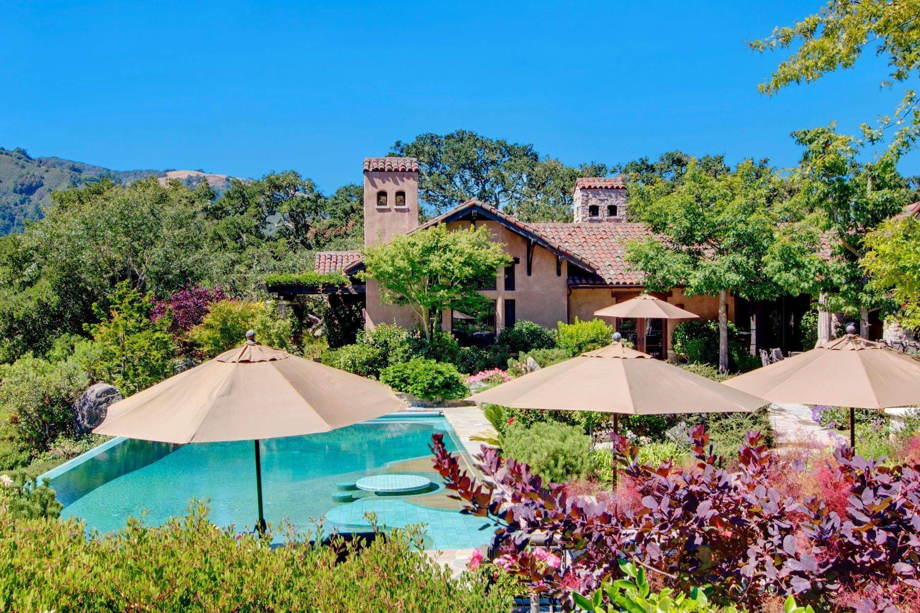 Single Family Homes por un Venta en Prestigious Spanish Style Estate 37 Rancho San Carlos Road Carmel, California 93923 Estados Unidos